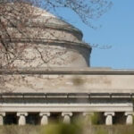 MIT to offer free, online courses to all